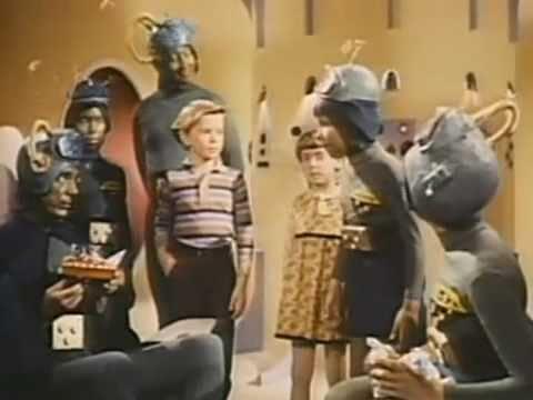 Santa Claus Conquers The Martians (condensed)