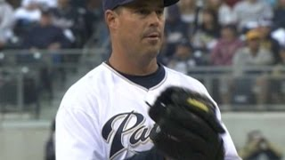 Greg Maddux wins his 350th game