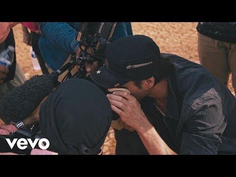 Enrique Iglesias - DUELE EL CORAZON feat. Wisin (Behind The Scenes)