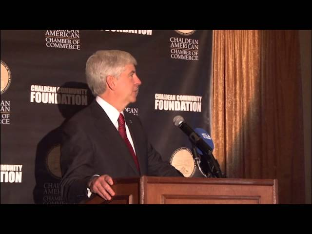 Governor Snyder delivers opening remarks at the 2014 Eleventh Annual Awards Dinner
