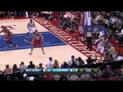 Play of the Day: Blake Griffin(16/01/2012)