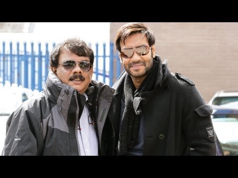 Working With Master Director Priyadarshan - Tezz