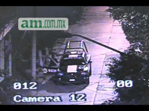 Policías robando en León Gto.