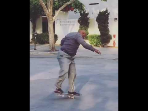 Never stop skateboarding! 📹: @cas_primos | Shralpin Skateboarding