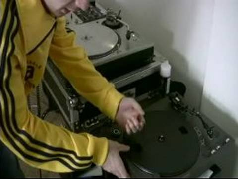 How to Be a Hip Hop DJ : Direct Drive Vs. Belt Driven Vinyl Turntables