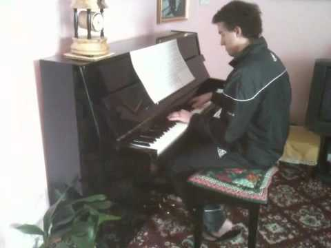 justin bieber eenie meenie sean kingston. Me playing on piano eenie meenie by sean Kingston and justin bieber.hope you