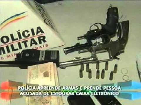 Acusado de estourar caixa eletrônico é preso com armas e dinheiro