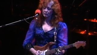 Watch Bonnie Raitt About To Make Me Leave Home video