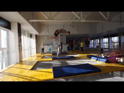 Мастер-класс по прыжкам на батуте в Казани