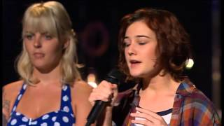 Bella Ferraro in Bootcamp singing The A Team by Ed Sheeran (03.09.2012) HQ