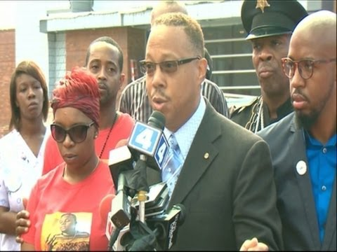Michael Brown Supporters Want Officer's Arrest