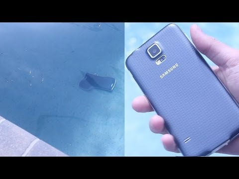 Samsung Galaxy S5 Pool Drop Test + Underwater 4K Video Test!