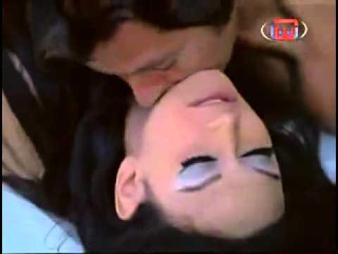 حسين فهمى وناهد يسرى  ( مشهد ساخن ) -
