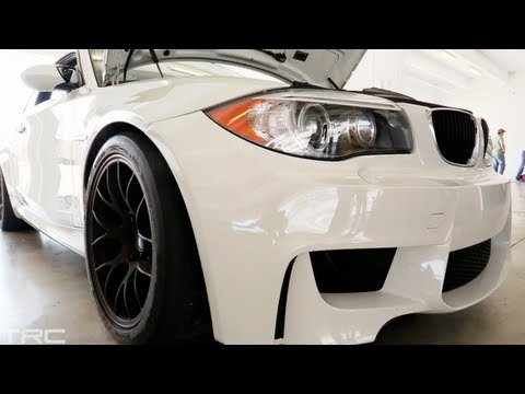 BMW 1M attacks Miami Homestead Raceway! 400hp - slicks - suspension