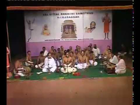 Sri Krishnadas Sri Vittaldas Bhajans - 16th Ashtapathi video