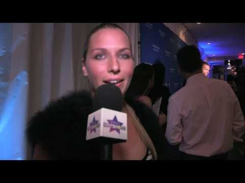Dominika Cibulkova talks to Venus Williams, Caroline Wozniacki and more on the red carpet