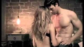 Watch Enrique Iglesias Tres Palabras video