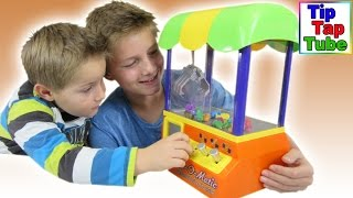 Grab O Matic Personal Prize Machine Spielzeug Greifautomat spielen unboxing Video Kinder Kanal