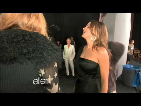 Ellen and Sofia Vergara Shoot a CoverGirl Commercial subtitulado al español!!