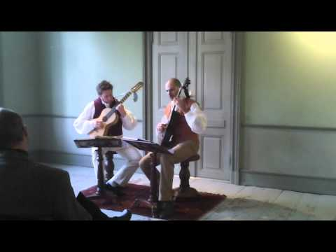 Menuet&trio by Haydn arranged for two guitars by F. de Fossa (1775 - 1849)
