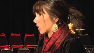 رقص پاییزی شبنم طلوعی در تورنتو به روی صحنه رفت