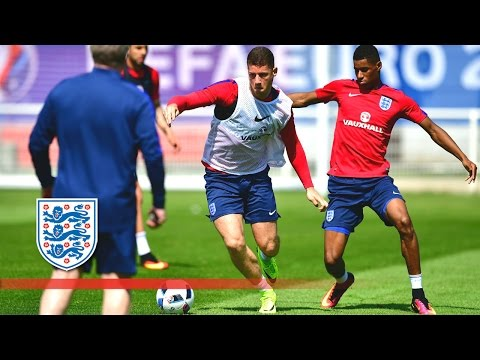 England Euro 2016 practice match in Chantilly - technique, passing & shooting | Inside Training