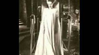 Cassandra Peterson - Here Comes the Bride (The Bride of Frankenstein)