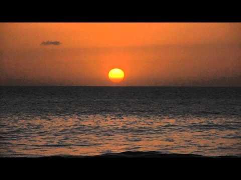 Puesta de sol desde la playa de Tauro, el 24 de diciembre.