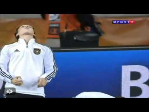 Mesut Özil - Kaugummi SHOW