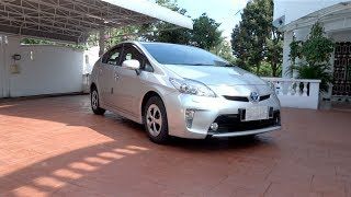 2013 Toyota Prius Luxury Start-Up, Full Vehicle Tour, 0-100km/h Run and Test Drive
