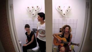 Celina Bostic mit Alin Coen und Janda - Stille Örtchen Sessions #1
