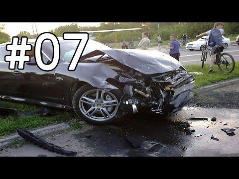 Po Plyta! #7 Davė kampan - Eismo įvykiai ir avarijos - Car Crash Compilation 2015