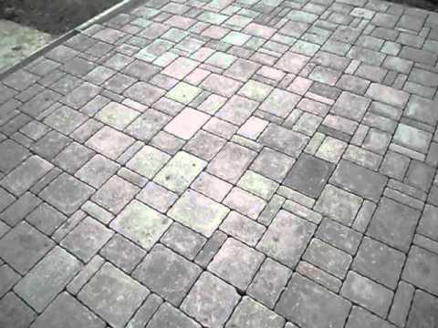 Masselli autobloccanti pavimenti esterni ferrari bk fellet for Pavimento in autobloccanti
