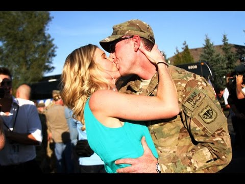 Soldiers Surprising Girlfriends/Wives Compilation