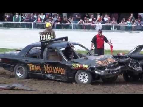 Dresden Demolition Derby 2014   Pro-Stock Cars