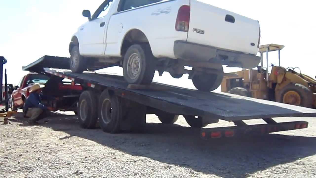 Remolque plataforma el ctrica para autos y camionetas for Coches con silla para carro