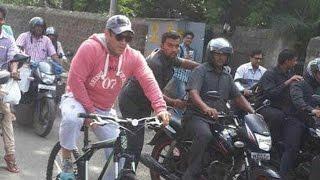 Salman Khan Enjoys Cycling On Busy Streets Of Mumbai