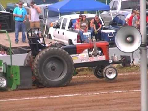 V8 HOT ROD TRACTOR CLASS URBANA OHIO MAY 18, 2013