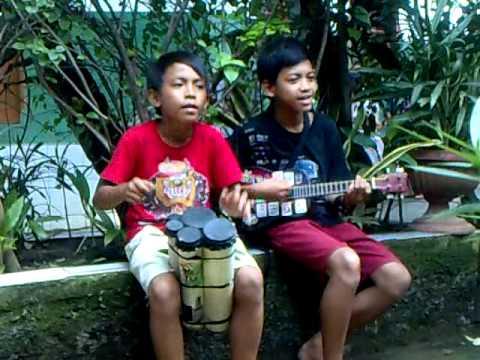 Aksi anak yg Kreatif di Kp Rambutan part 1.mp4
