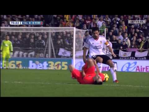 Valencia vs Barcelona 0-1 11/30/2014 Extended Highlights. thumbnail