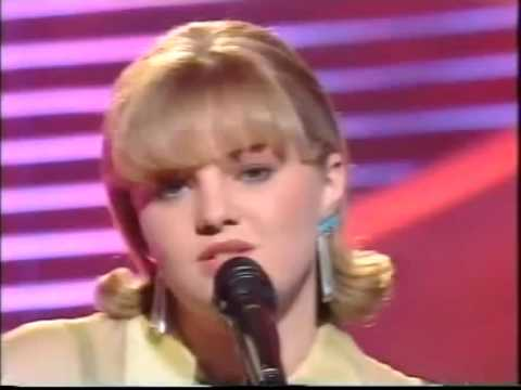 Barbara Dex Iemand Als Jij Lyrics + English Translation (Eurovision 1993 Belgium)