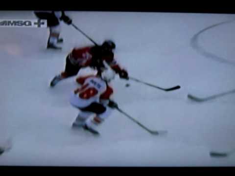 Devils vs. Flyers 2/10/10 | Jeff Carter Goal | LocalApple