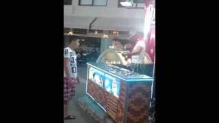 turkish ice cream show :)