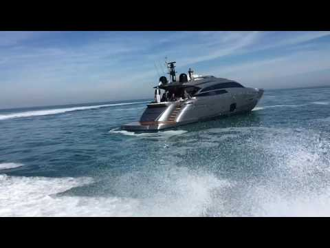 Pershing 92 from a smaller sister