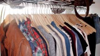 Fashion How-To: Organizing Your Closet