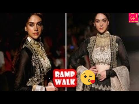 Aditi Rao Hydari Ramp Walk | Latest Bollywood Movies News 2017
