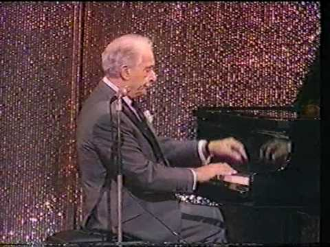Victor Borge - Motzart