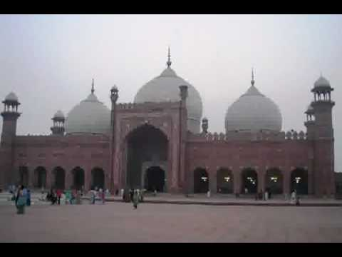 YouTube - MERA PAIGHAM PAKISTAN BY NUSRAT FATEH ALI KHAN 14...