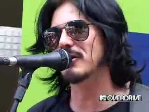 Gilby Clarke-Dead Flowers and Used to Lover Her on Mtv