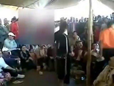 رقص بنت جميلة شعبي مغربي خطير 2015 thumbnail